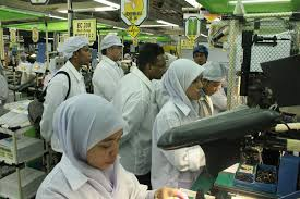 electronics-factory manpower